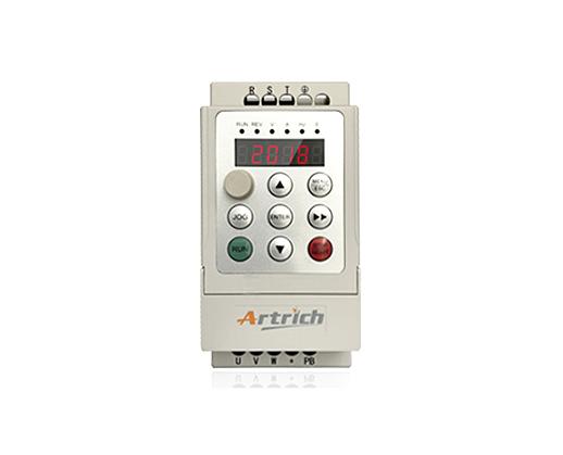 威纶通 AR80iL0015变频器
